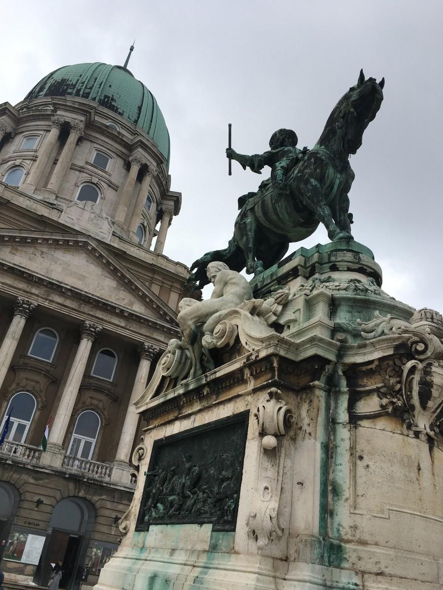 Statue in Buda Castle. (Original Photo)