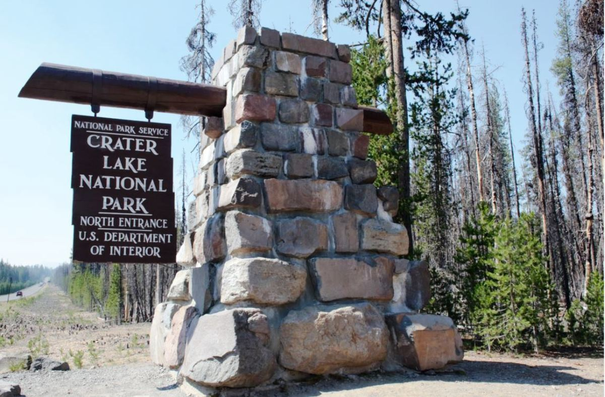 Crater Lake National Park North Entrance sign