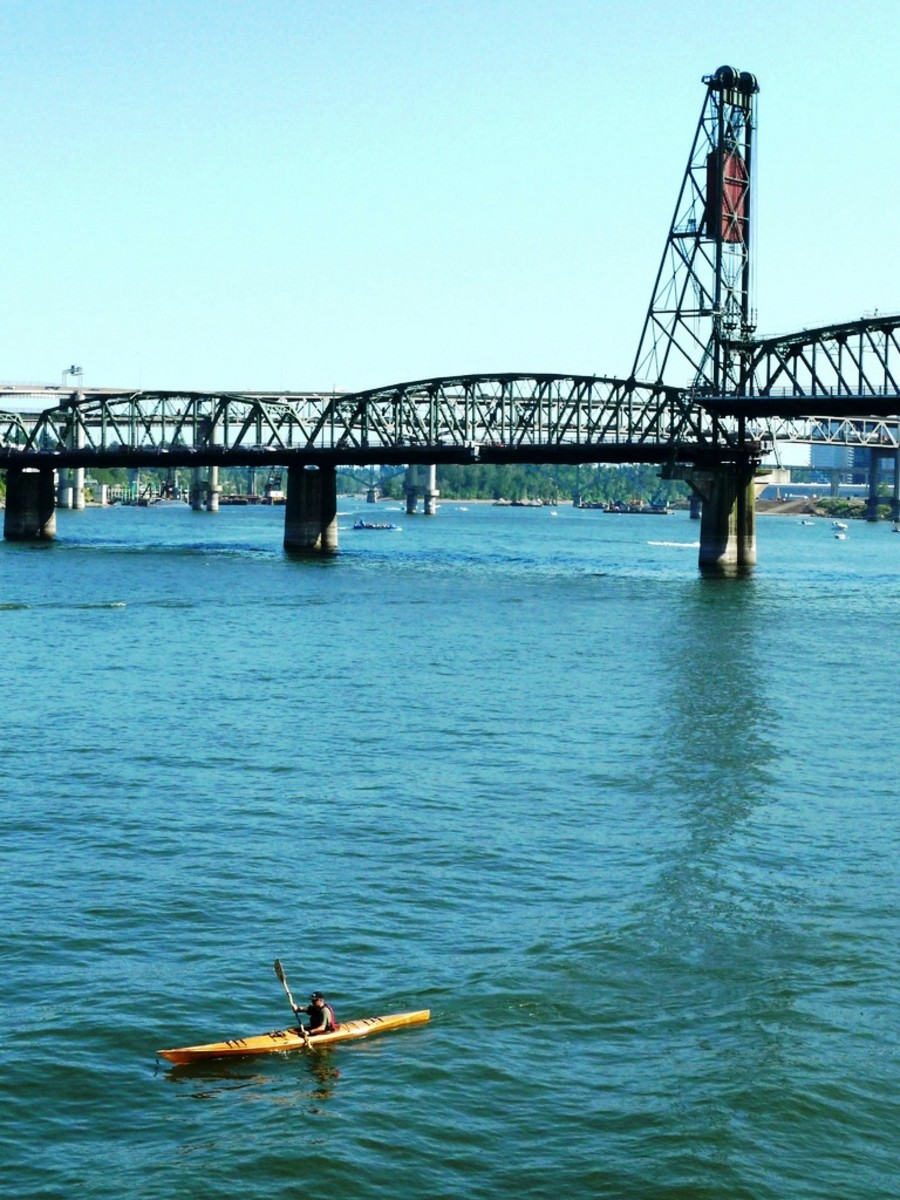 Kayaking on the Willamette River near the Hawthorne Bridge in Portland