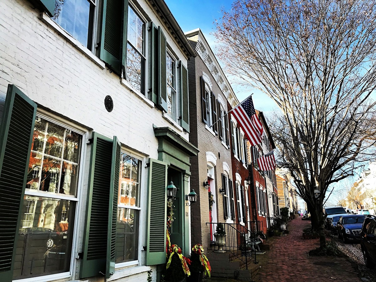 Don't miss the famous Captain's Row cobblestone street near the waterfront.  It's the oldest street in Old Town.