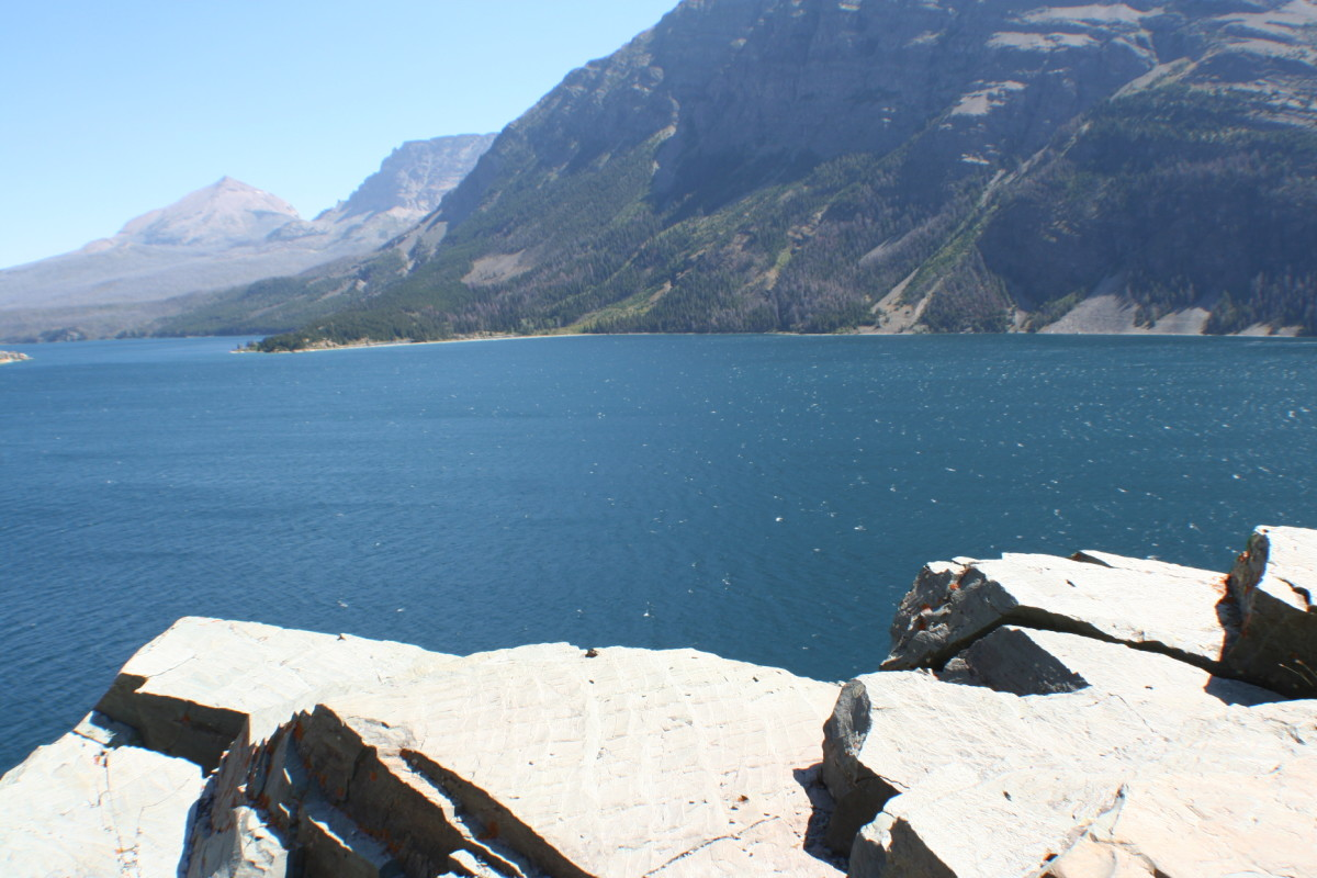 Rocky overlook at St. Mary Lake