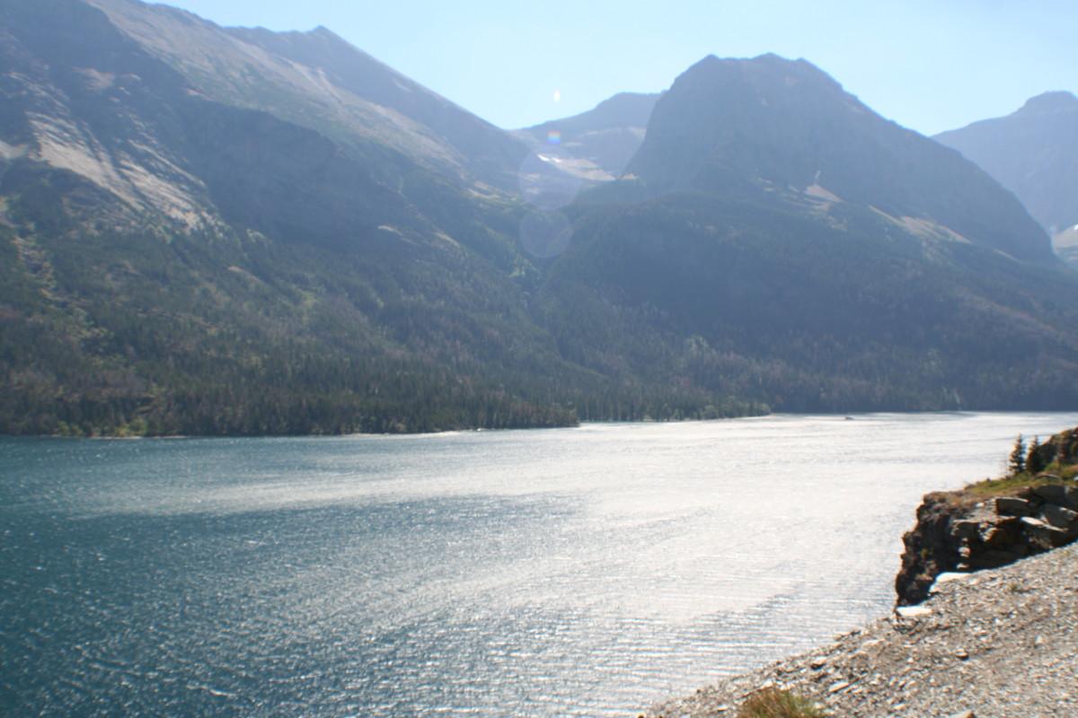 Mountain vista behind St. Mary Lake