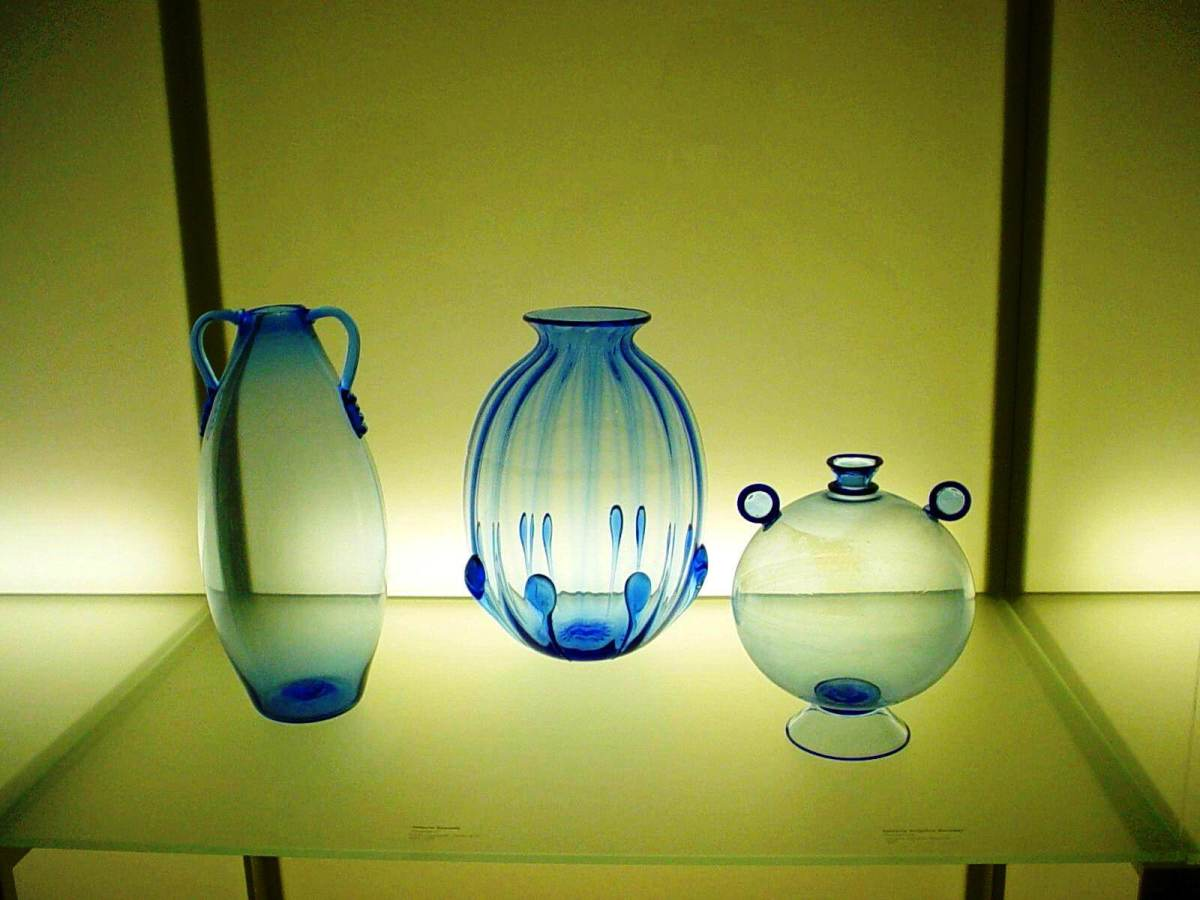 Glassware exhibit at the Chrysler Museum of Art in Norfolk, VA