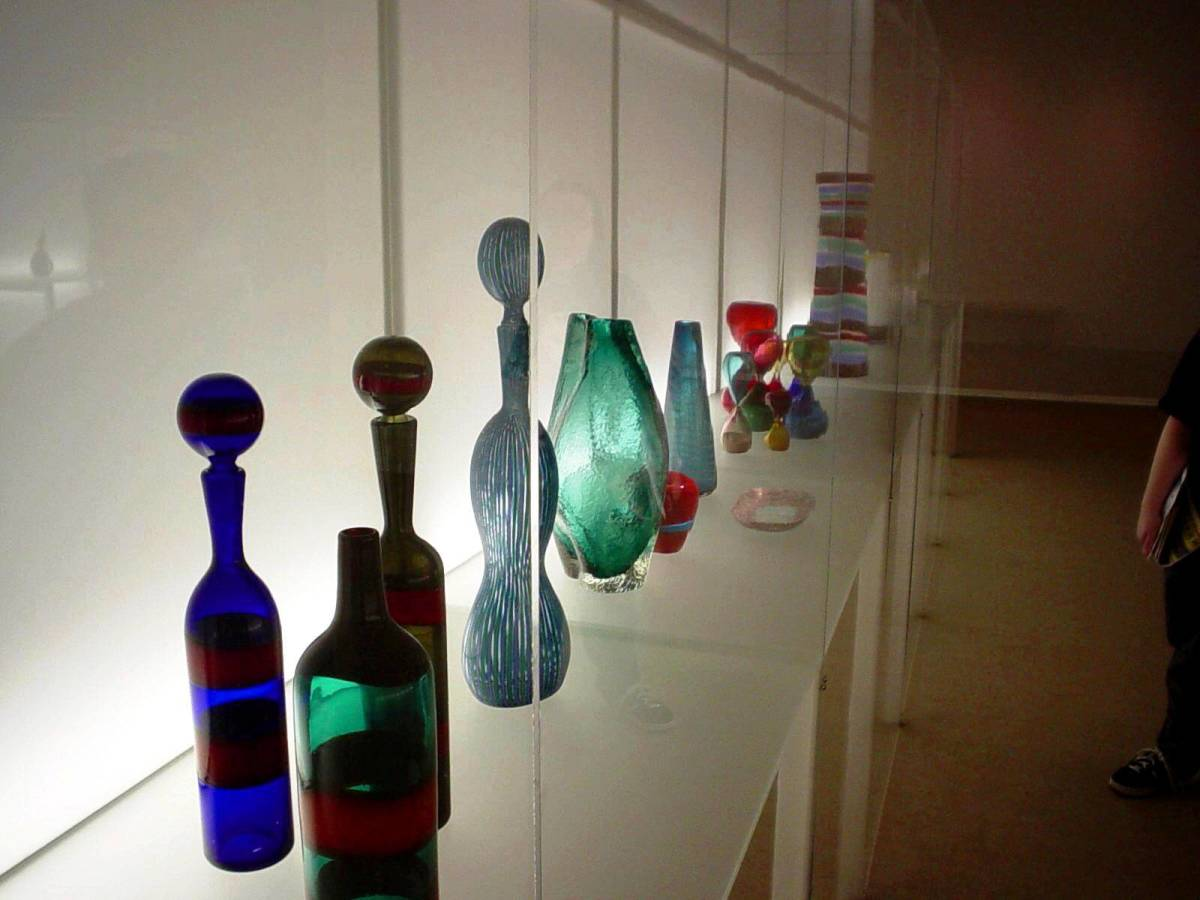 Row 'o' Glassware exhibit at the Chrysler Museum of Art in Norfolk, VA