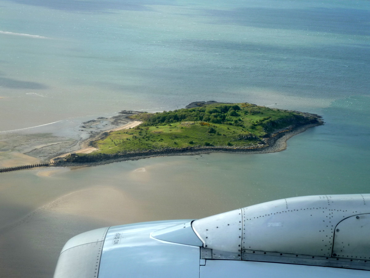 Cramond is on the main flight path to Edinburgh, so don't be surprised if there are frequent plans over your head. If you fly into or out of Edinburgh you may also get a good view of the Island.