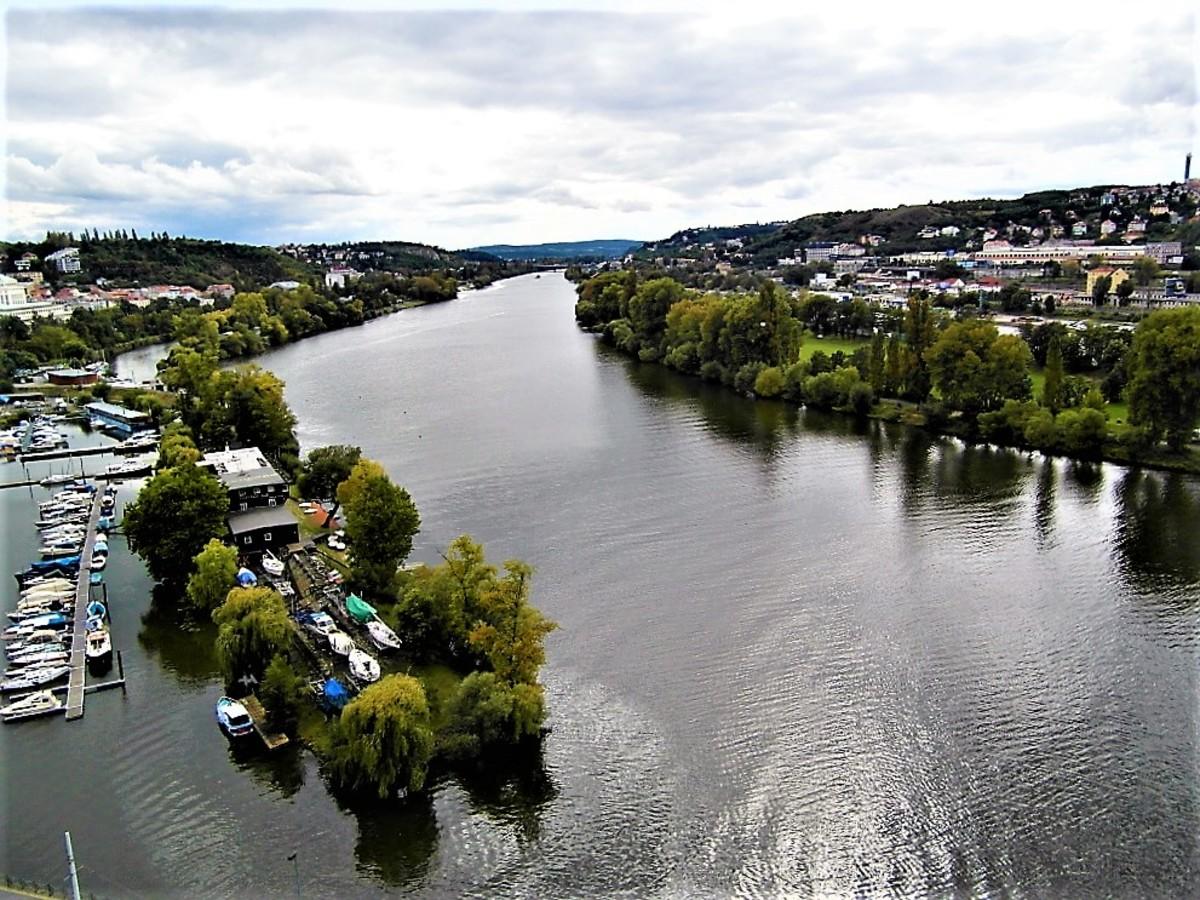 The River Vltava south of Prague.