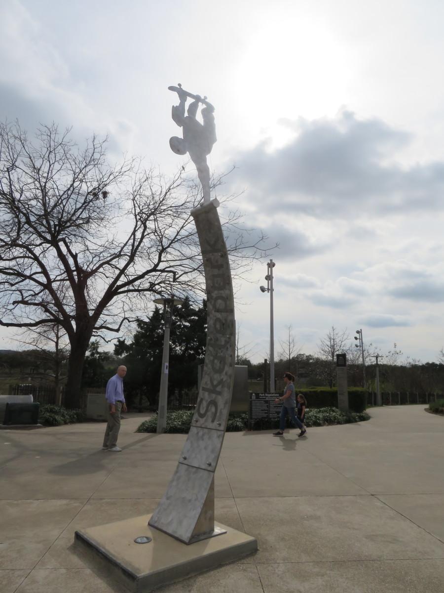 Sculptural marker at the entrance to the Jamail Skatepark