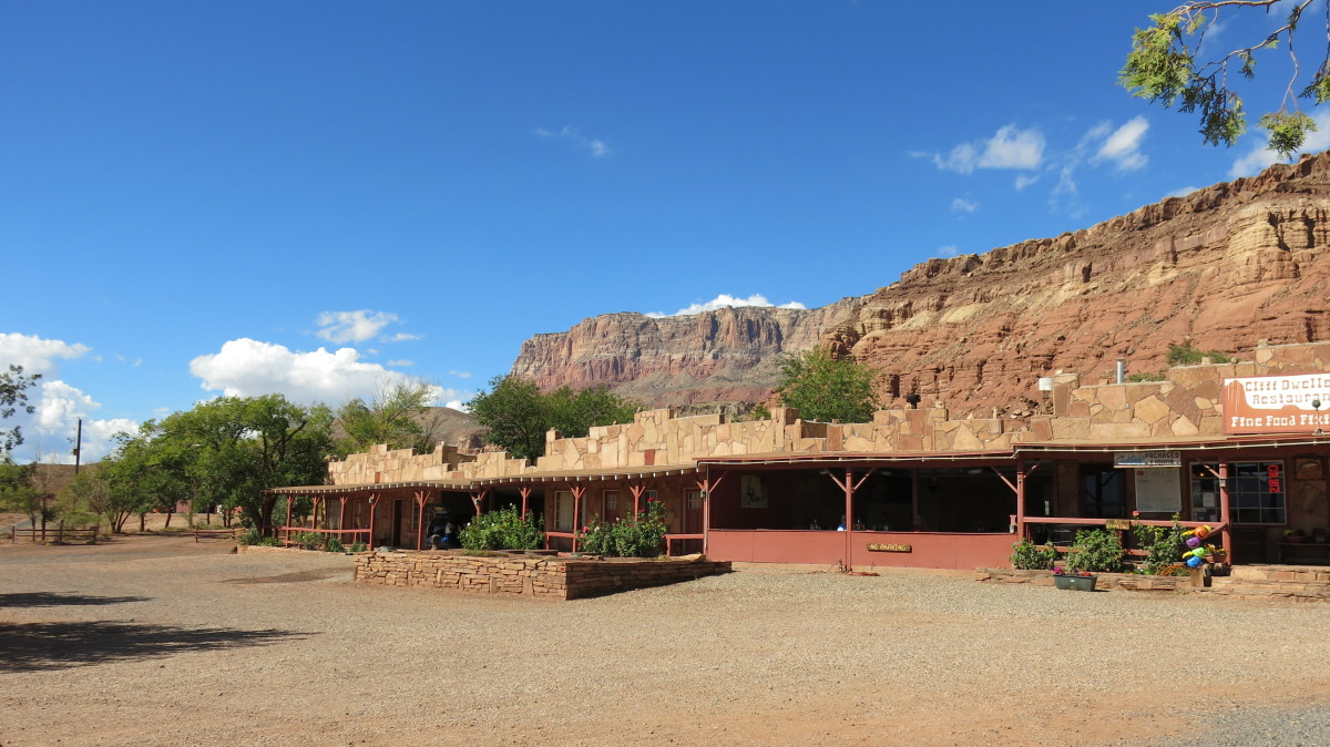 Motel built by Blanche and William next tot he restaurant at Cliff Dwellers in Marble Canyon AZ