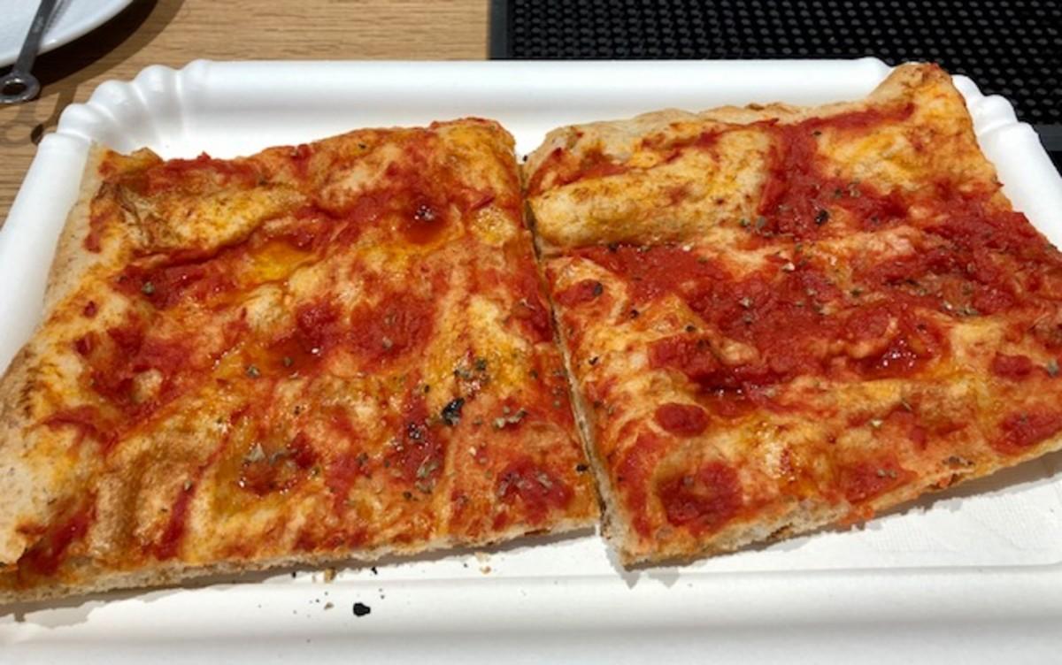 Square Pizza in Pisa