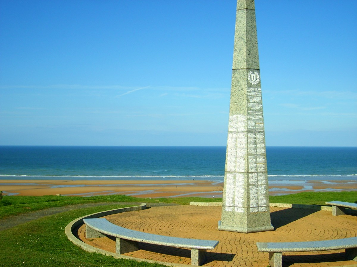 Monument to 1st U.S. Infantry Division on Normandy Beach