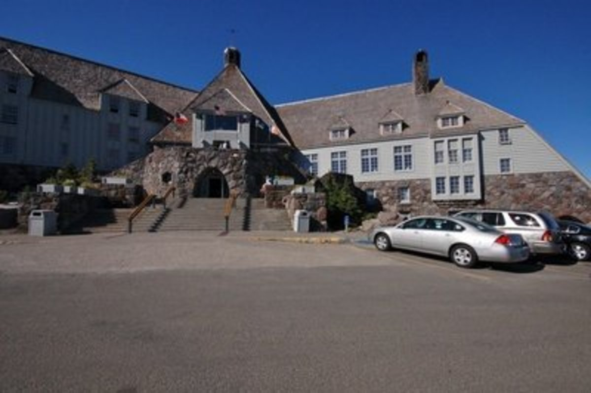 """The Timberline Hotel provided external shots for """"The Shining"""""""