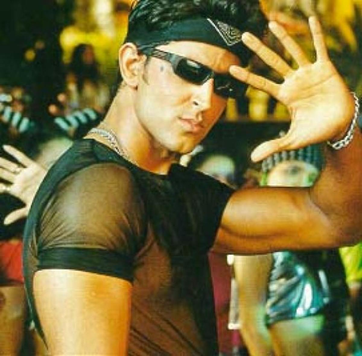 Screenshot of the famous dance step of Hrithik Roshan