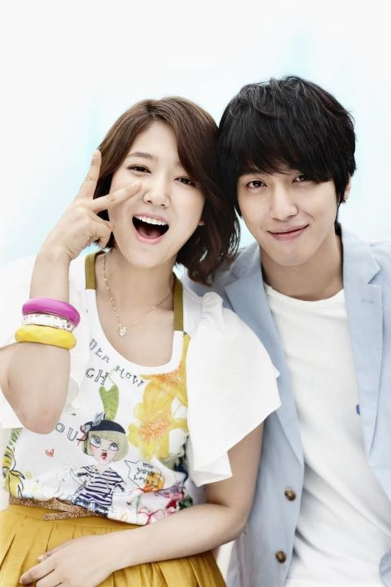 Yonghwa denies dating park shin hye movies
