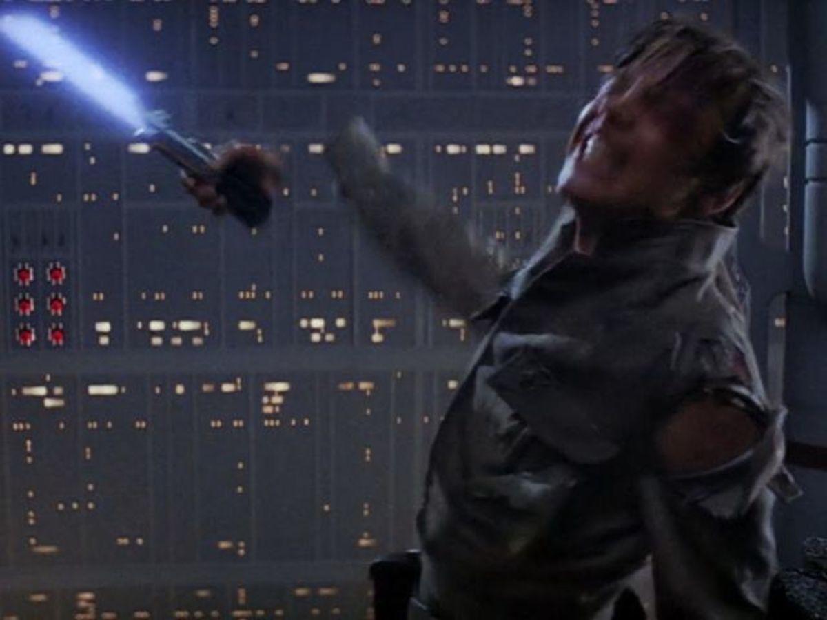 Luke disarmed in Episode 5