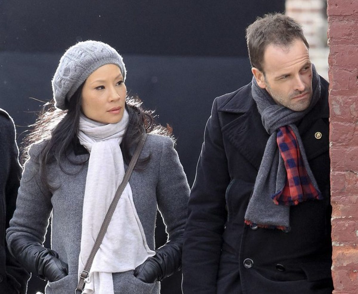 Johnny Lee Miller and Lucy Liu as Sherlock Holmes and Joan Watson in Elementary