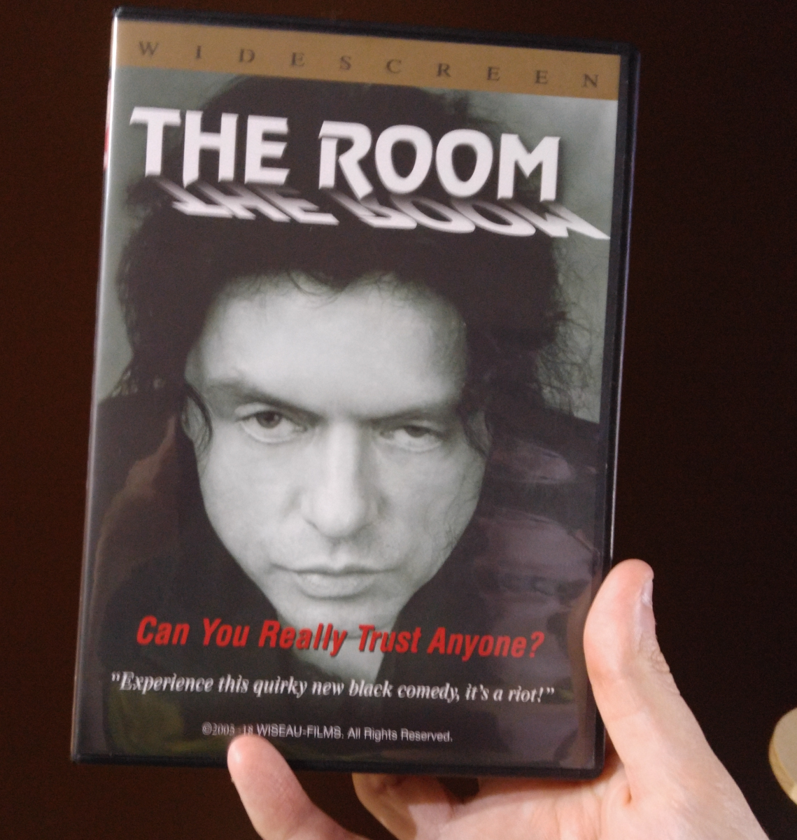 first-impressions-review-the-room-2003