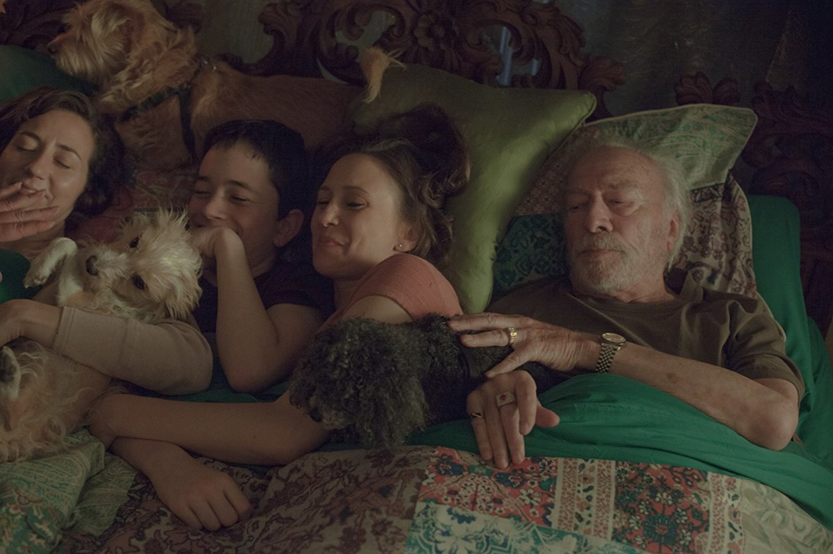 "Kristen Schaal, Lewis MacDougall, Vera Farmiga, and Christopher Plummer as JoJo, Henry, Laura, and Jack Jaconi in, ""Boundaries."""