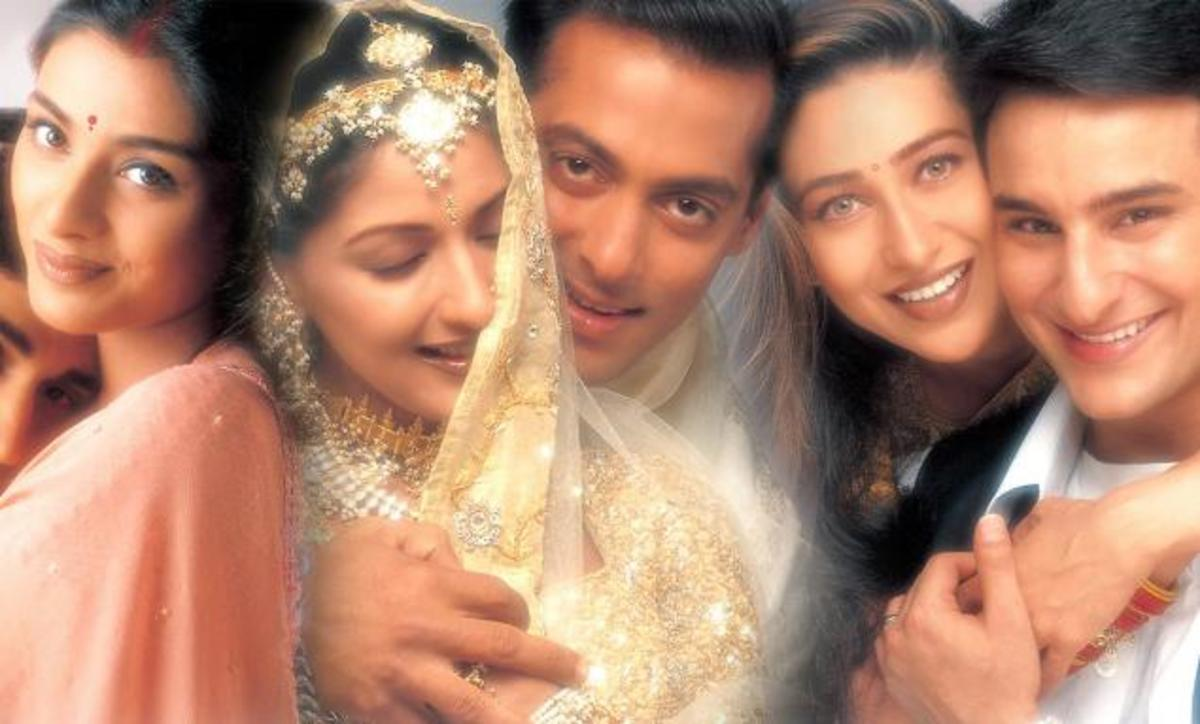 Hum Saath-Saath Hain (We Are Together) - 1999 | Top 20 Best Bollywood Hindi Movies