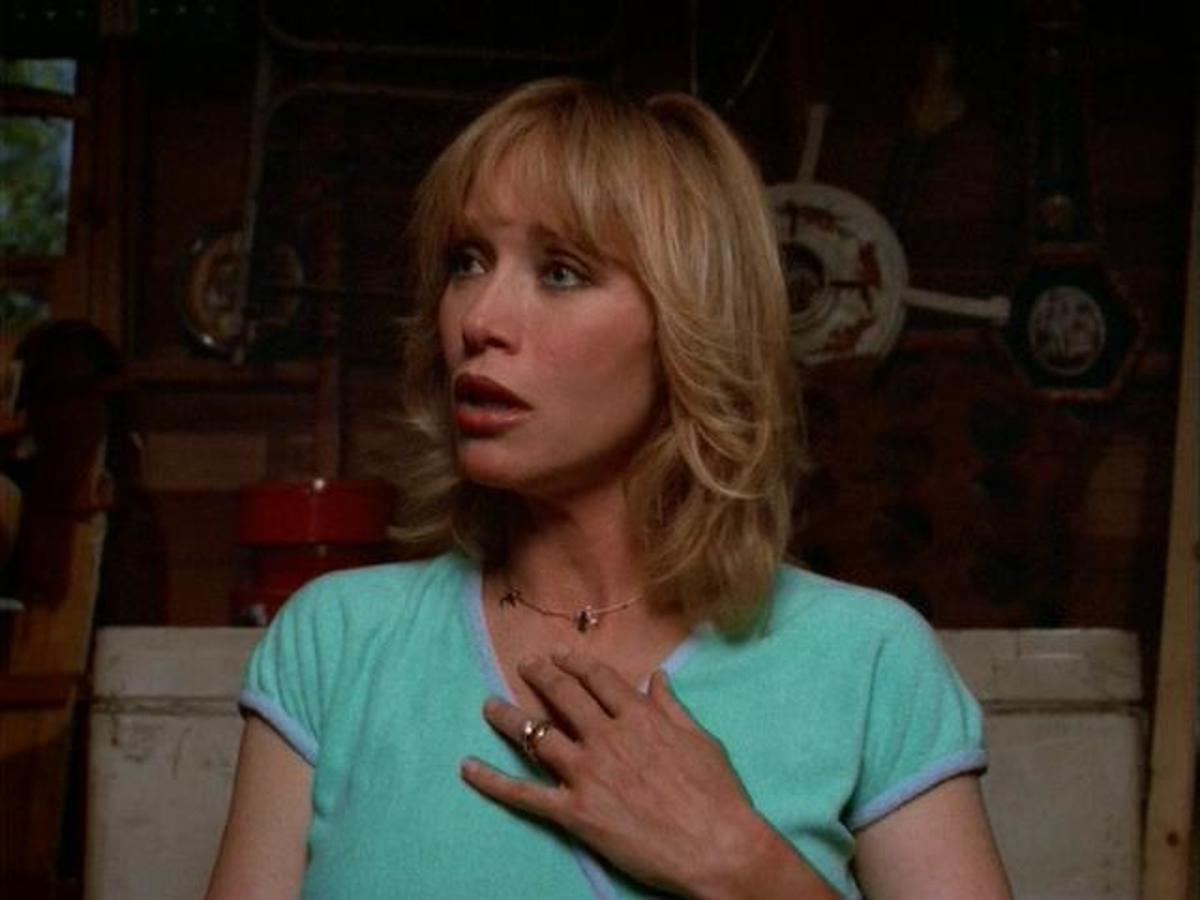Tanya Roberts as Midge Pinciotti.