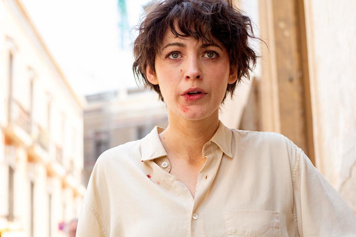 Blake Lively as Stephanie Patrick.