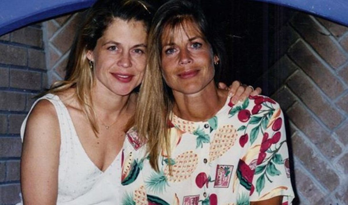 Linda and her twin, Leslie