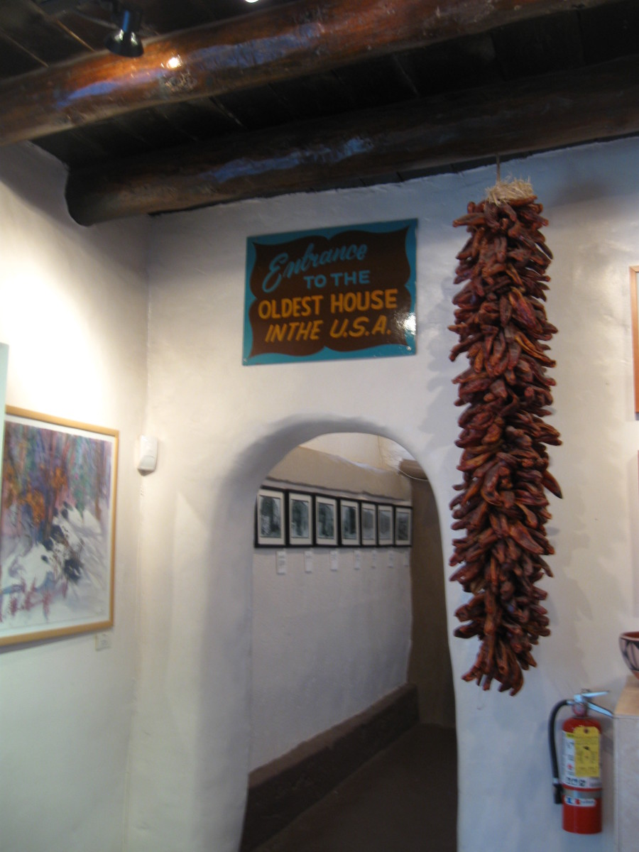 Entering Museum portion of Santa Fe's Casa Vieja de Analco from the gift shop.