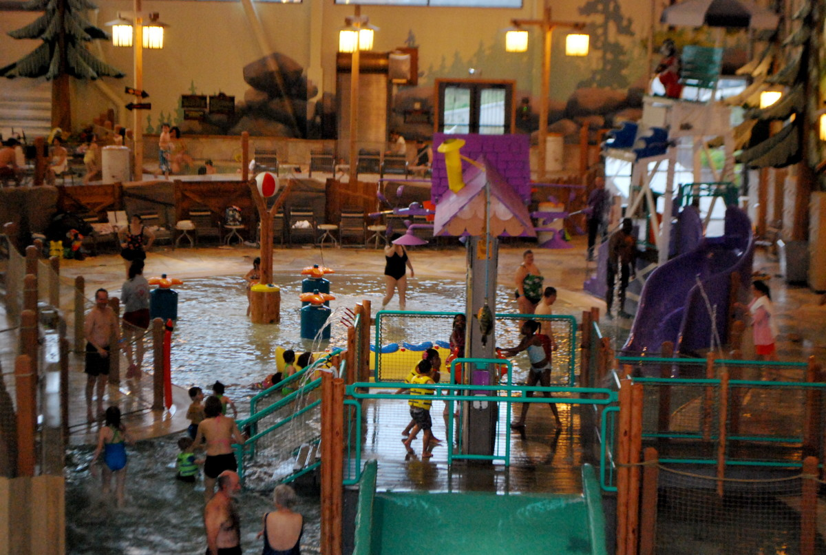 Buckets of fun at the Great Wolf Lodge (c) Stephanie Hicks