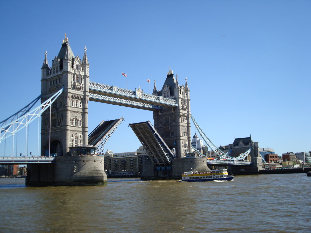 Tower Bridge (not London Bridge, which is actually much less distinctive)