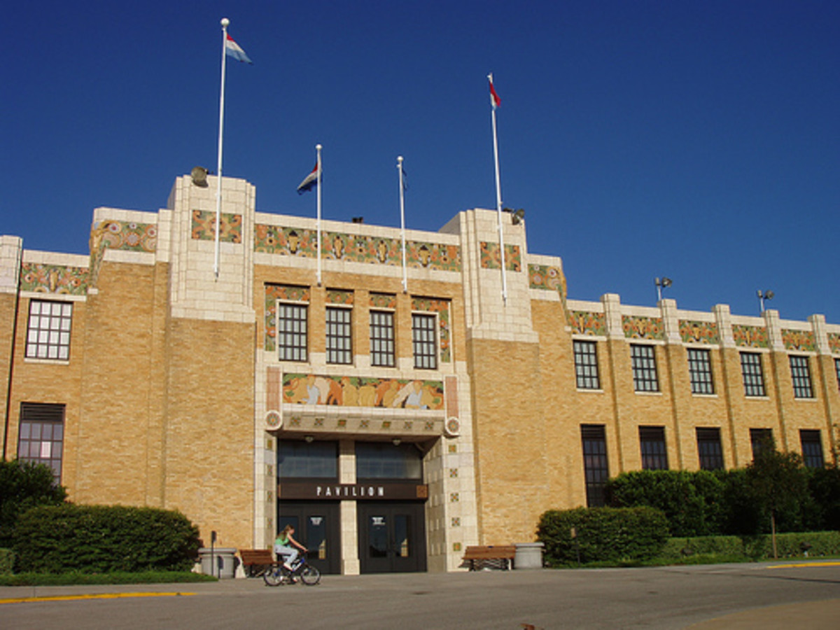 The Tulsa State Pavilion at Expo Square.  This is another excellent example of the Classic Moderne Art Deco style.
