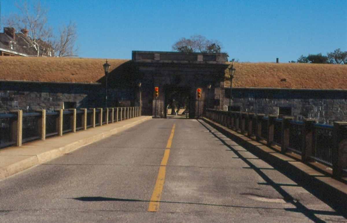 The road over the moat. Fort Monroe in Hampton.