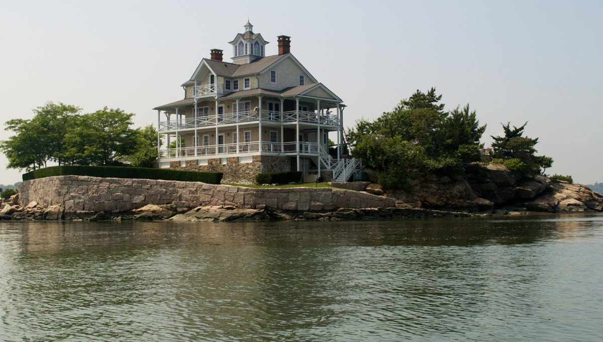A lone home on the Thimble Islands.