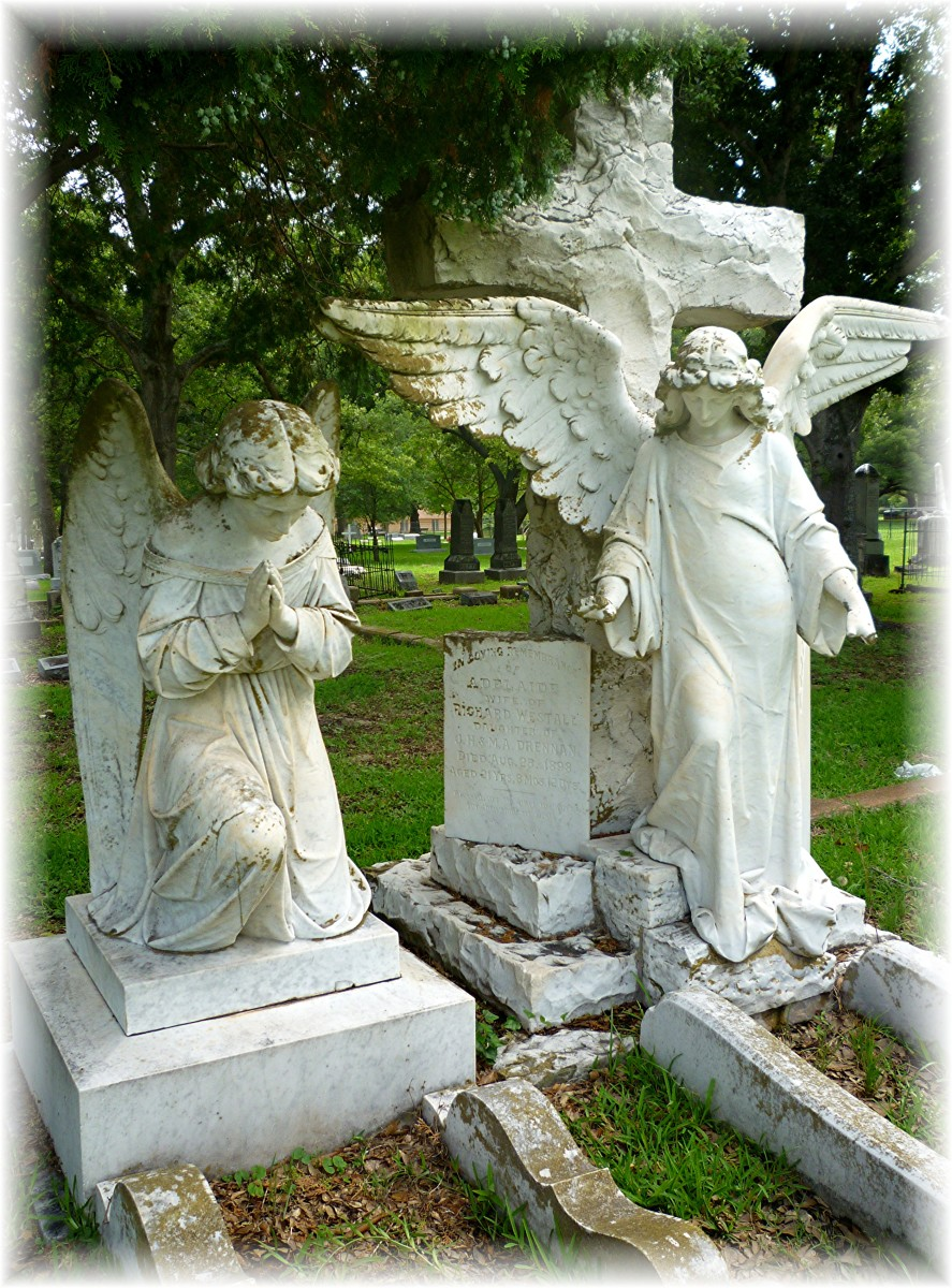 Angel monuments in Calvert Cemetery