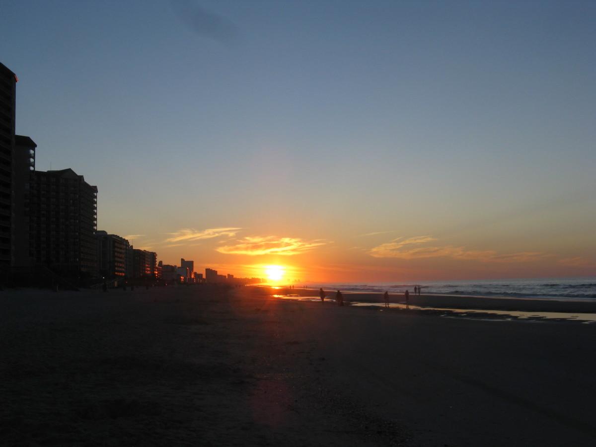 Sunrise on Myrtle Beach, seen from Ocean Creek Resort
