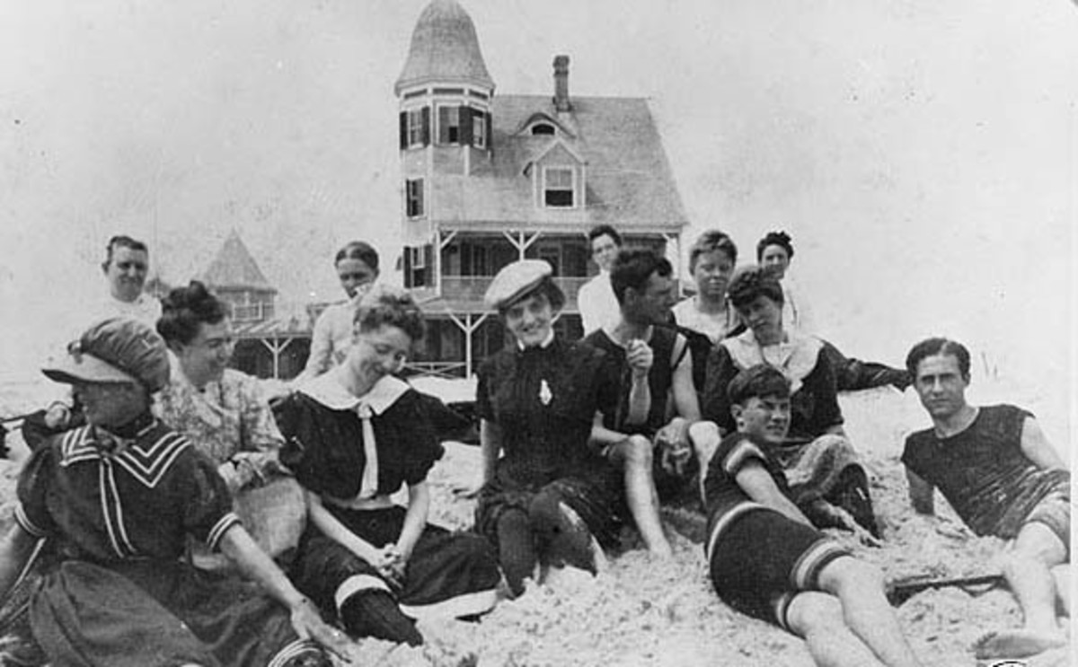 Vintage beach goers in Ocean City, Maryland