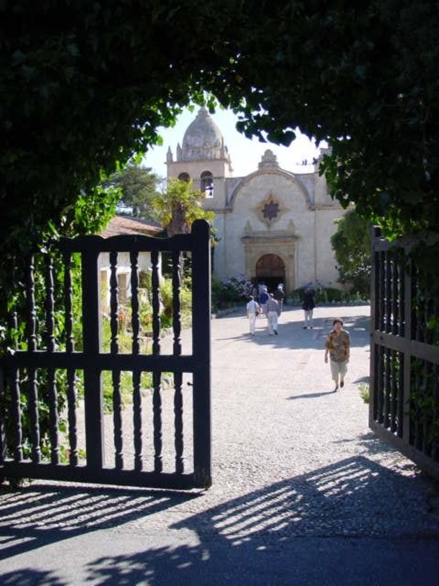 Carmel Mission - San Carlos Borromeo de Carmelo Mission