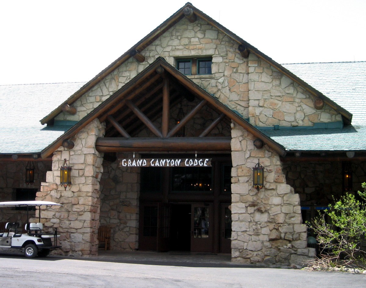 Grand Canyon Lodge (North Rim) main entrance.