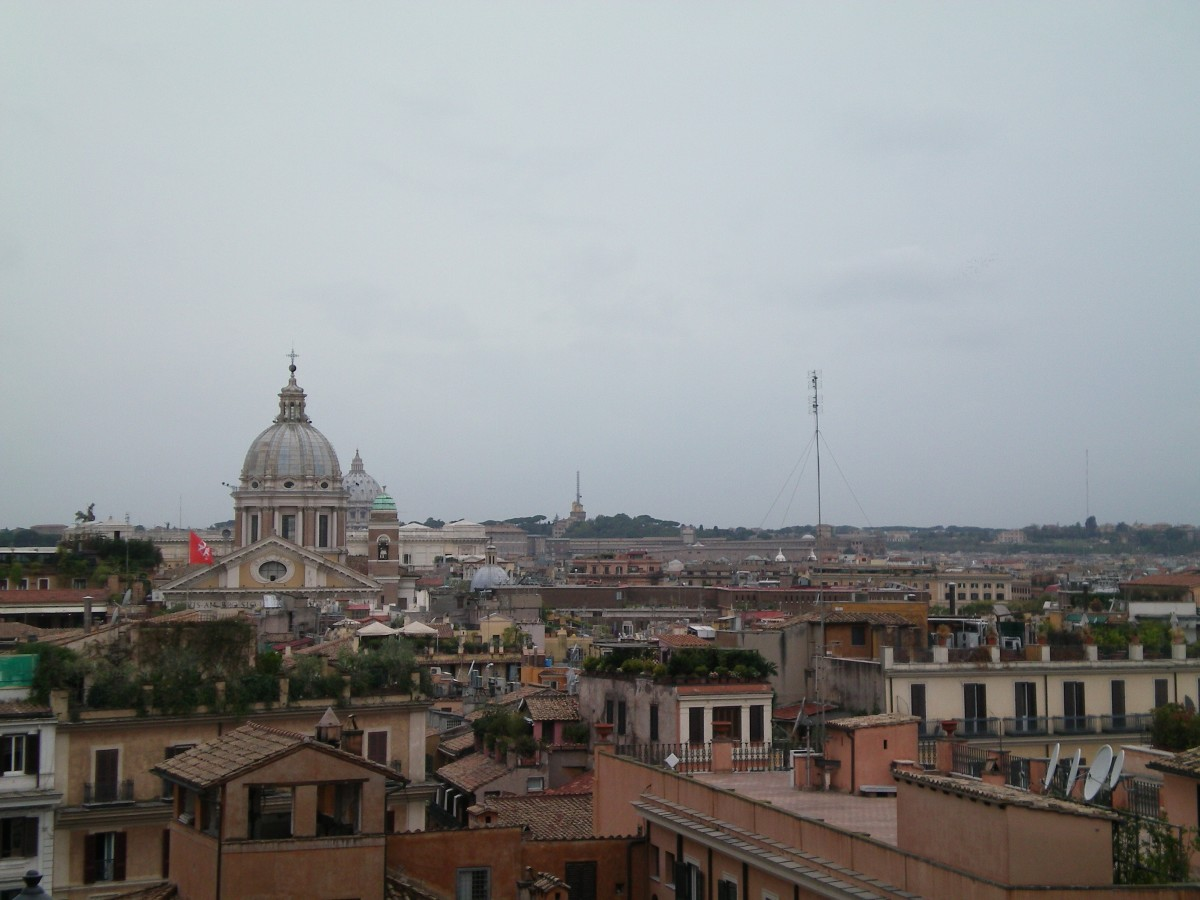 The skyline from the Spanish Steps (c) Anne Harrison