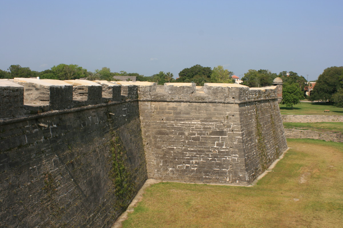 The imposing walls of the Castillo.