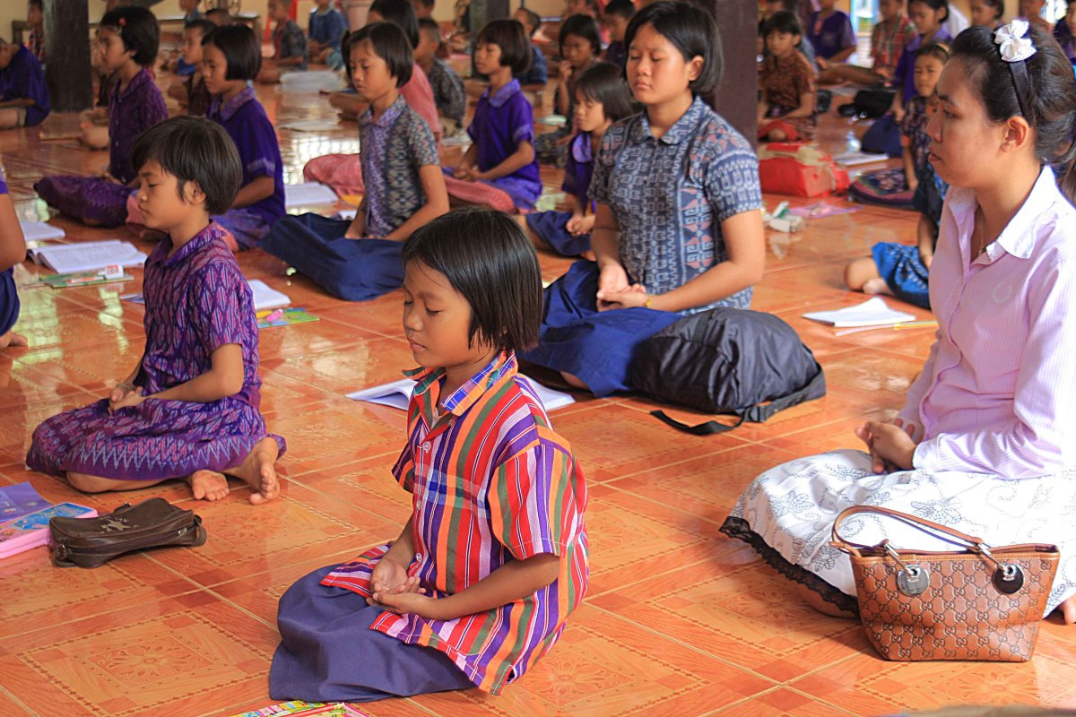 Lessons and prayers in Buddhism