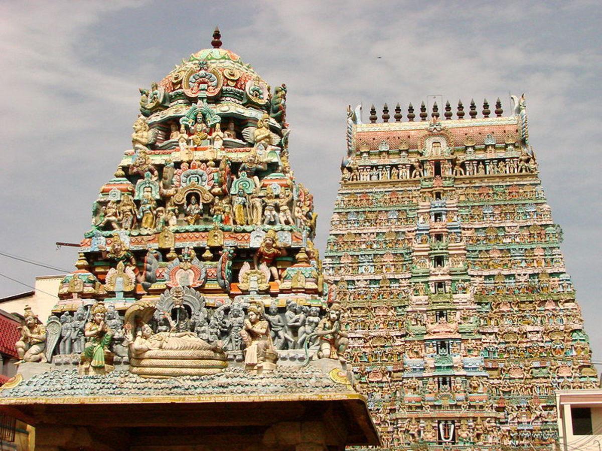 Sarangapani Temple, just one of the many temples in Kumbakonam