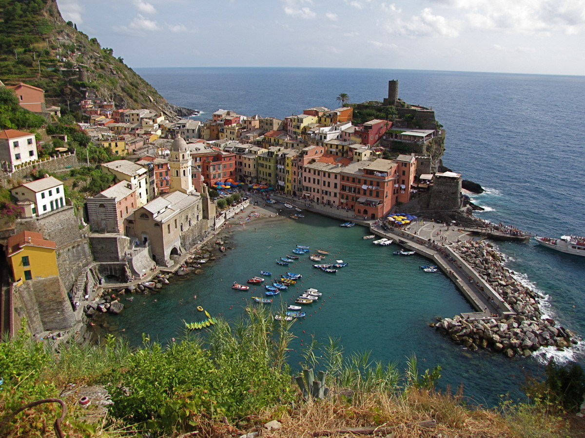 The view from the trail heading out of Vernazza.