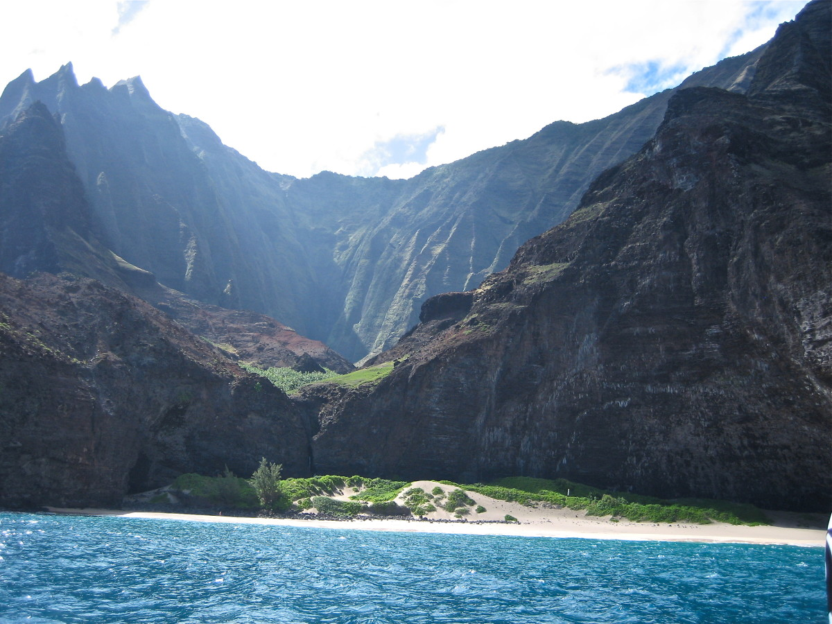 View from a boat trip along the Napali Coast