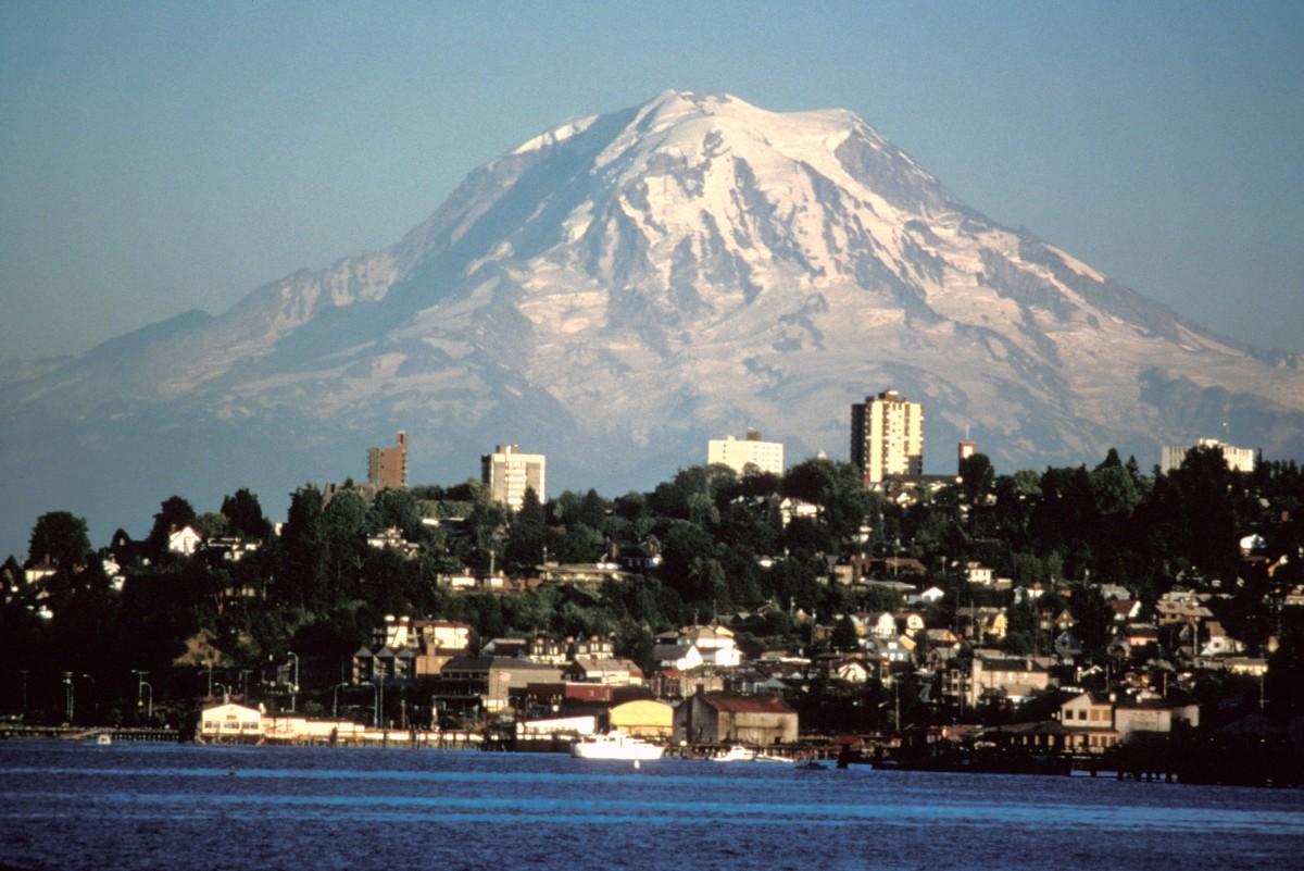 Mount Rainier from Tacoma