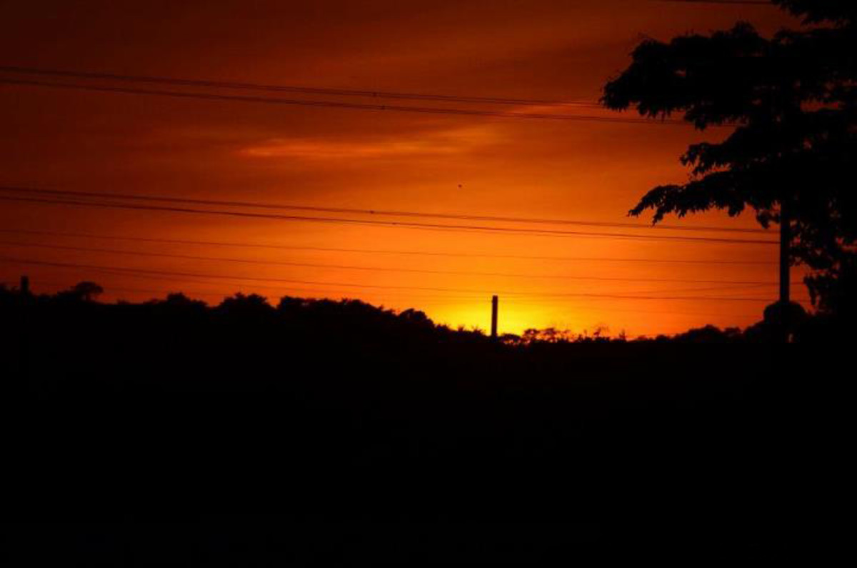 Be amazed by the marvelous sunset in Nuvali!