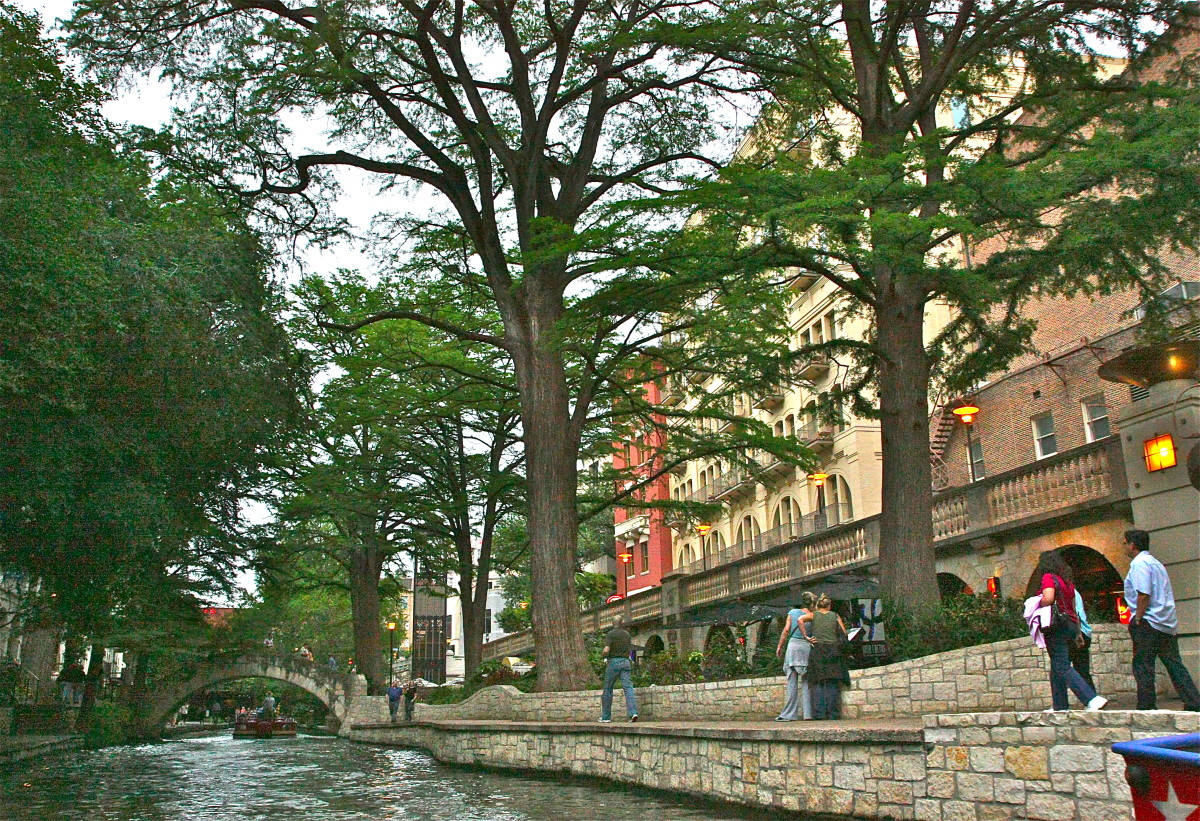The San Antonio River Walk is a perfect spot for a great lunch or dinner at one of the many excellent restaurants.