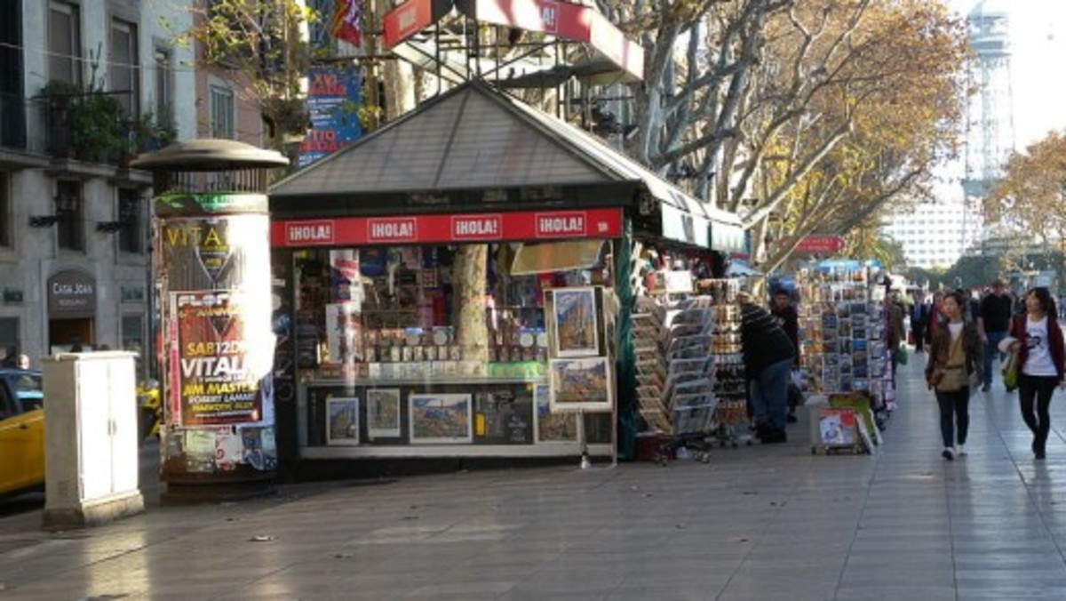 Need a newspaper, magazine, map, postcard or other periodical? No problem in Las Ramblas!