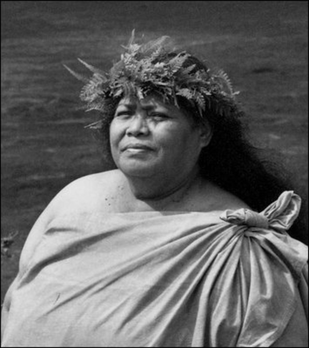 Edith Kanaka'ole (1913-1979) is credited with much of the re-emergence of education in Hawaiian language and culture on the Big Island.