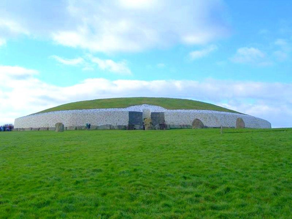 Newgrange Megalithic Tomb