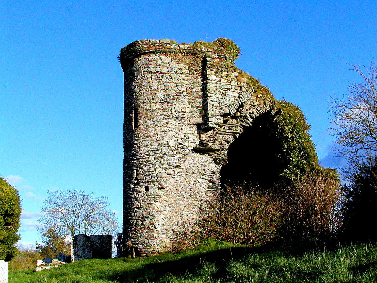 A medieval church built by the Knights Hospitaller. A spiral staircase in the tower leads up to a tiny room. These old ruins are a regular feature on the Irish landscape.