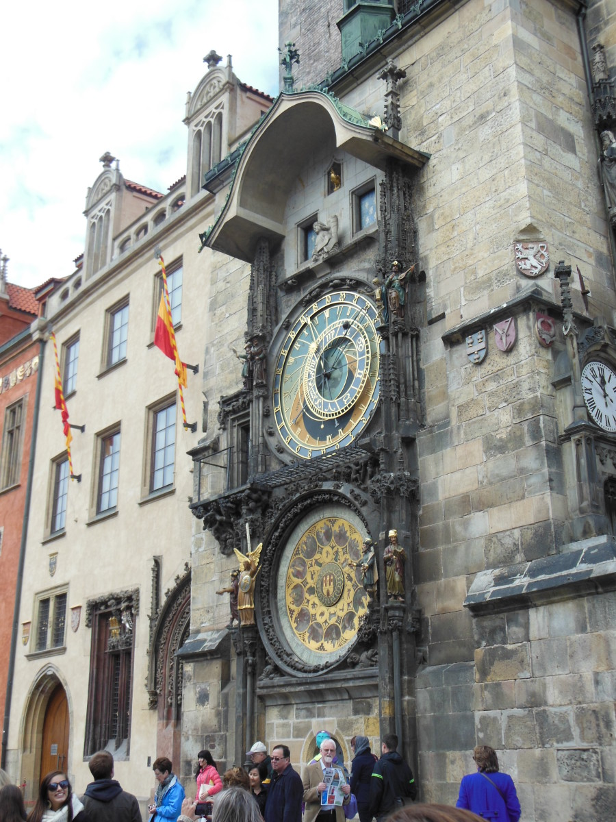 World's first astronomical clock